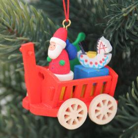 オーナメント おもちゃの荷車 サンタ