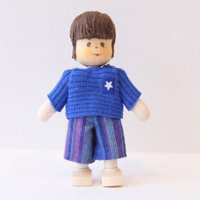 クレーブス男の子 セーターに長ズボン