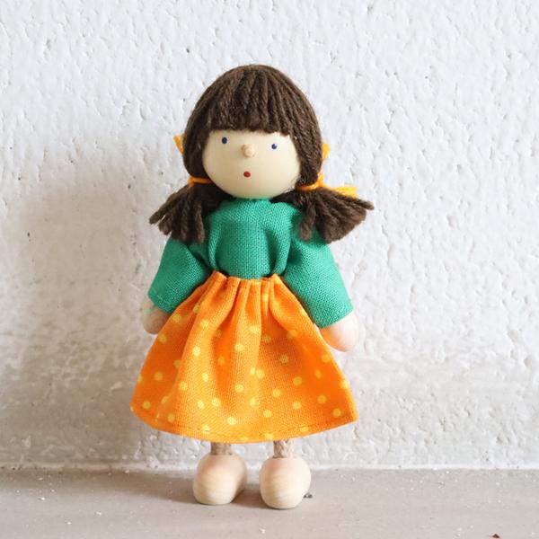 女の子・オレンジ